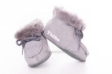 Babyslofjes grijs (maat 15 tm 20)
